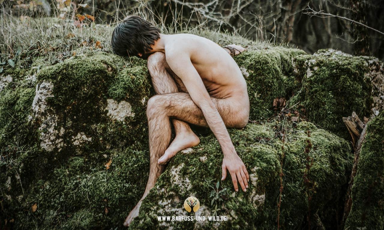 nackte Nachfolge - Nacktheit und vergessene Körperlichkeit im Christentum